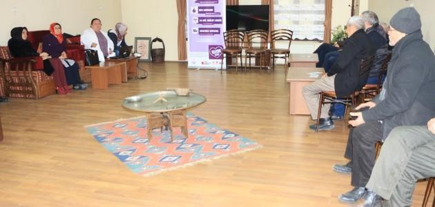 Karatay'da akılcı ilaç kullanımı konuşuldu