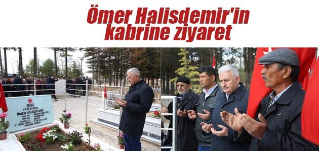 Başbakan Yıldırım, Ömer Halisdemir'in kabrini ziyaret etti