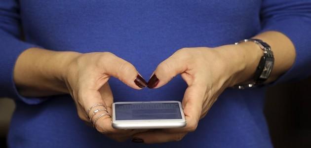 Akıllı telefon bağımlılığı akademik başarıyı düşürüyor