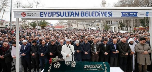 Cumhurbaşkanı Erdoğan'ın akrabası son yolculuğuna uğurlandı