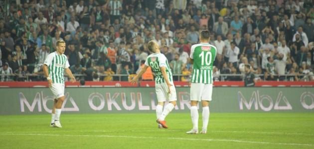Konyaspor 4 oyuncuyla sözleşme yenileyecek