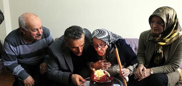101 yaşını kutlayan Nuriye nine uzun yaşamın sırrını açıkladı