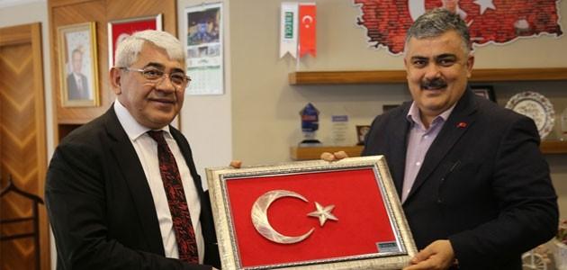 Kars Belediye Başkanından Özgüven'e ziyaret