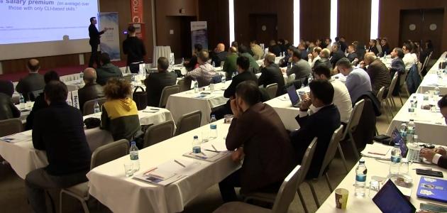 Teknolojideki son yenilikler Konya'da düzenlenen konferansta masaya yatırıldı