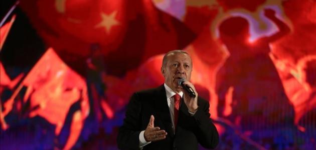 Cumhurbaşkanı Erdoğan: Ruhlarını iblise satan müptezeller Türkiye'yi ele geçiremeyecek