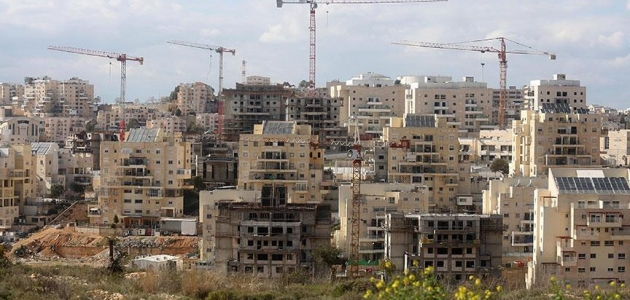 İsrail'den Batı Şeria'da 2 bin 300 yasa dışı konut inşasına onay
