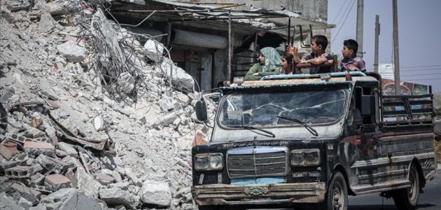 İdlib'de yerinden edilen siviller çaresizlik içinde