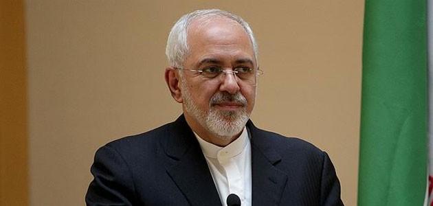 İranlı 150 vekilden Ruhani'ye 'Zarif'in istifasını kabul etmemesi' çağrısı