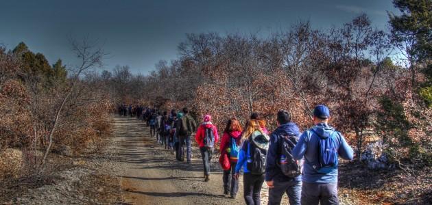 Doğaseverler Beyşehir'de kadınlar için doğa yürüyüşü gerçekleştirdi