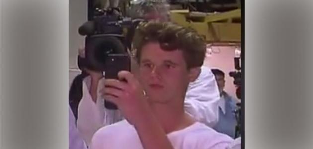 Avustralyalı senatörü yumurtayla protesto eden gençten destekçilerine teşekkür