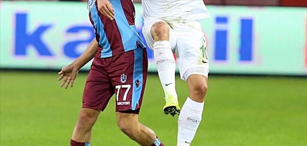 Atiker Konyaspor ile Trabzonspor 36. randevuda