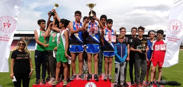 Büyükşehir Atletizm Takımı kulüpler şampiyonu oldu