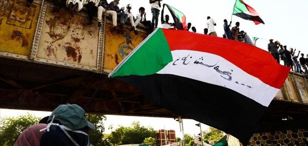 Sudan'da Askeri Geçiş Konseyi müzakereye hazır