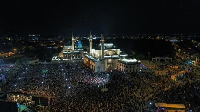 Konya 15 Temmuz'un yıldönümünde meydanlarda!