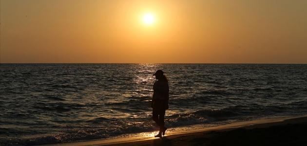 Prof. Dr. Onsun: Sedef hastalarının güneşten korunması gerekiyor