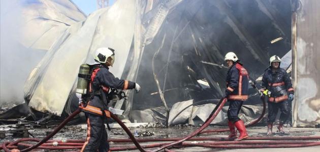 Başkentte depoda yangın çıktı