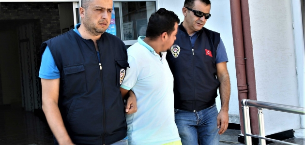Mersin'de sahte altınla dolandırıcılık iddiası
