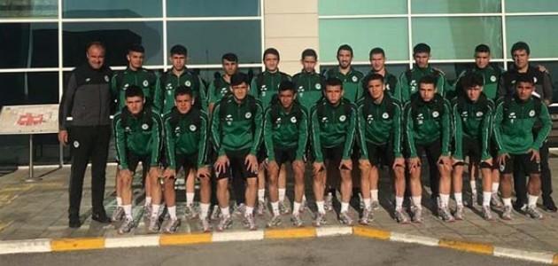 Konyaspor U19 takımı Kasımpaşa maçı için İstanbul'a gitti