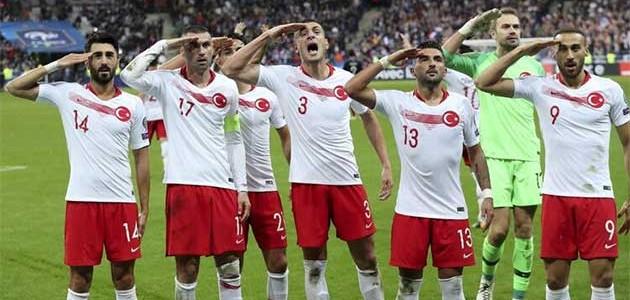 UEFA'dan Türkiye'ye 'asker selamı' soruşturması