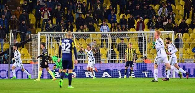 Konyaspor, Fenerbahçe'ye konuk olacak