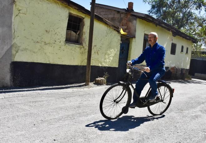 Ahmet Sorgun 54 yıldır bisiklet sevdasından vazgeçmedi