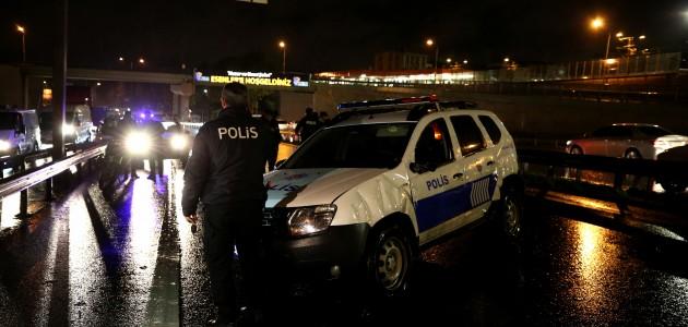 Takla atan polis aracındaki memur yaralandı
