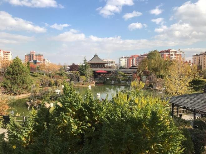 Konya'nın parkları ziyaretçileriyle şenlendi