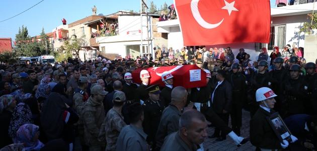 Şehit Uzman Onbaşı Harun Çınar son yolculuğuna uğurlandı