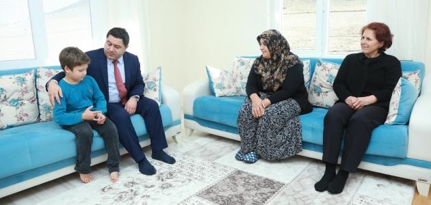Kaymakam Bozkurtoğlu'dan mahalle ziyaretleri sürüyor