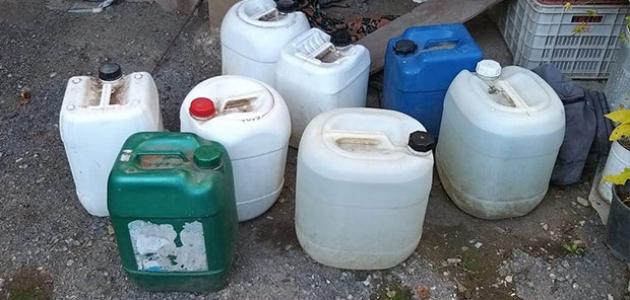 İmalathaneye dönüştürülen evde 648 litre sahte içki ele geçirildi