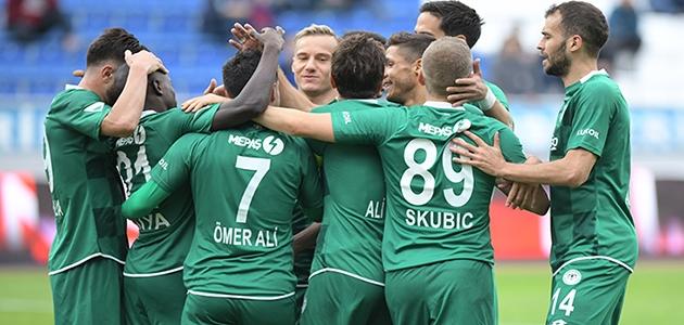 Konyaspor'un Başakşehir'e karşı şansı tutmuyor!