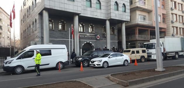 Sur Belediye Başkanı Filiz Buluttekin gözaltına alındı