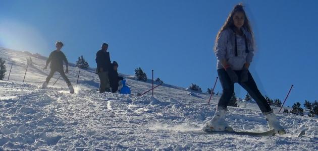 Karaman Bozdağ Kayak Merkezine ilgi artıyor