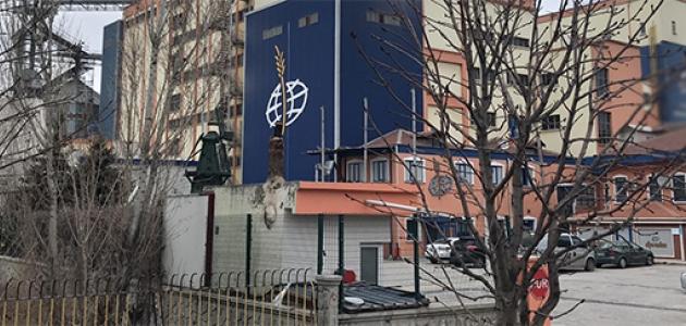 Konya'da buğday yüklü siloya düşen işçi öldü