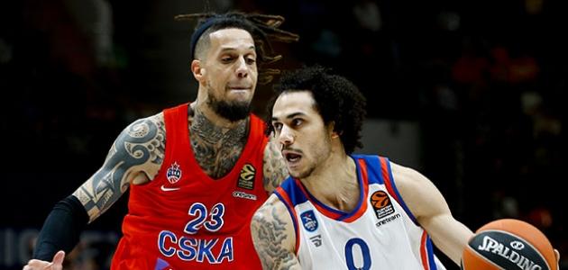 Anadolu Efes deplasmanda CSKA Moskova'yı yendi
