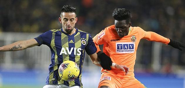 Fenerbahçe'den Kadıköy'de kritik puan kaybı