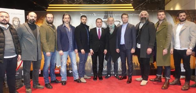 """""""Türkler Geliyor: Adaletin Kılıcı"""", Beyoğlu'nda sinemaseverlerle buluştu"""