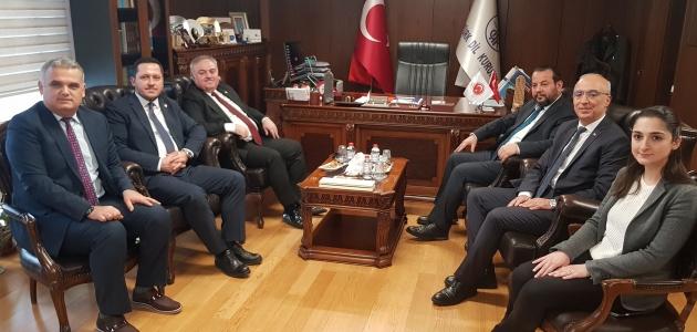 Karaman heyetinden Türk Dil Kurumu'na ziyaret