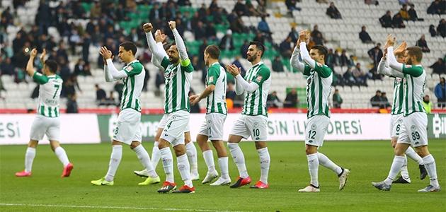 Konyaspor'a Bülent Korkmaz da çare olamadı! 3-1