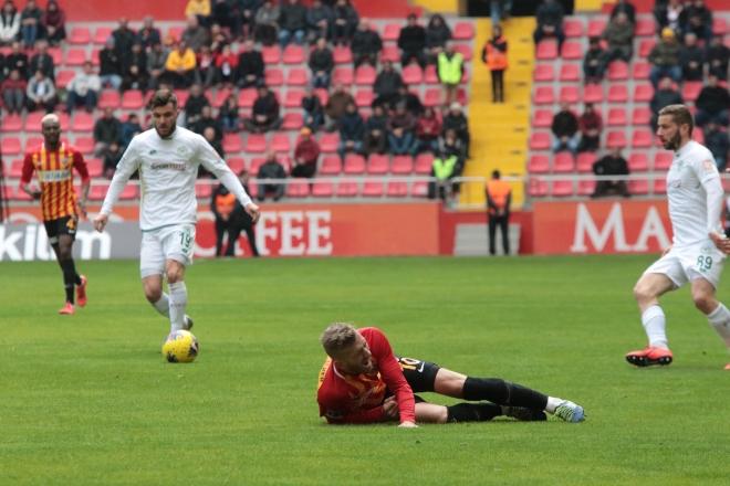 Kayserispor-Konyaspor maçından kareler