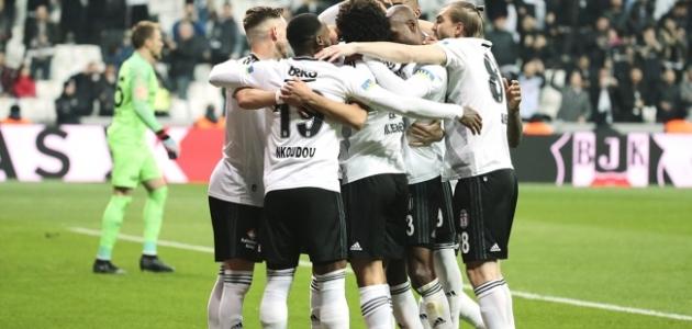 Beşiktaş'ta kart sınırındaki oyuncular fire vermedi