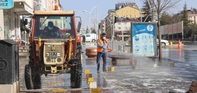 Seydişehir'de cadde ve sokaklarda covit-19 seferberliği