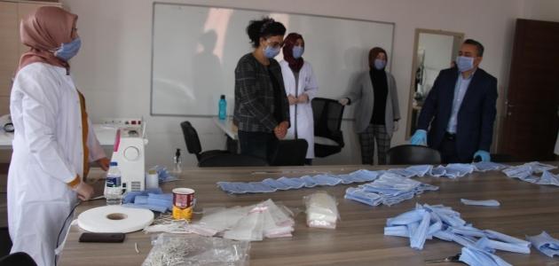 Seydişehir KOMEK'te maske üretimi başladı