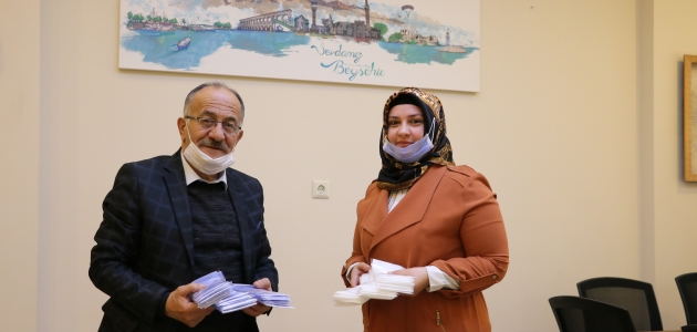 KOMEK'ten Beyşehir Belediyesine maske desteği