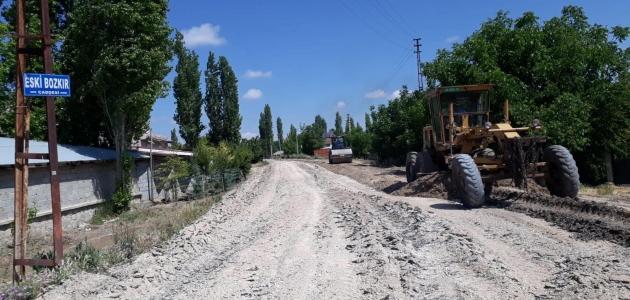 Çumra Belediyesi yol altyapı çalışmalarını hızlandırdı
