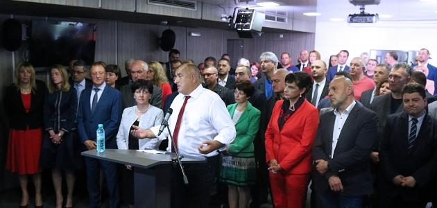 """Bulgaristan'da cumhurbaşkanı ile başbakan arasında """"drone"""" krizi"""