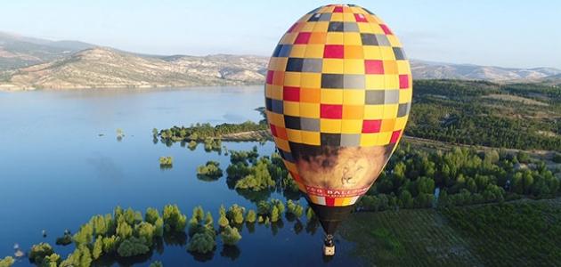 NEÜ girişimleriyle Konya'da balon turizmi için test uçuşu yapıldı