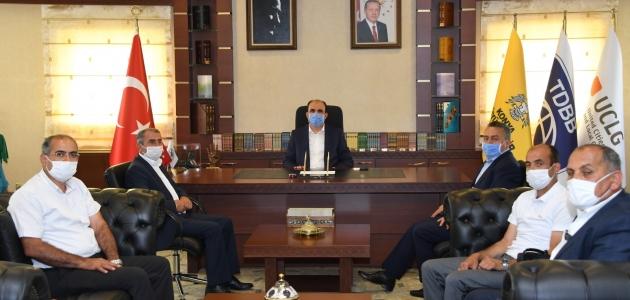 Seydişehir heyetinden Büyükşehir Belediye Başkanı Altay'a ziyaret