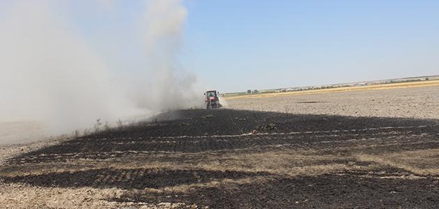 Karapınar'da erozyon sahasında ekili alan yangını
