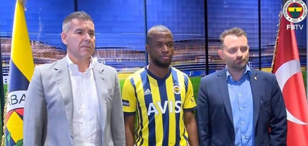 Enner Valencia, resmen Fenerbahçe'de